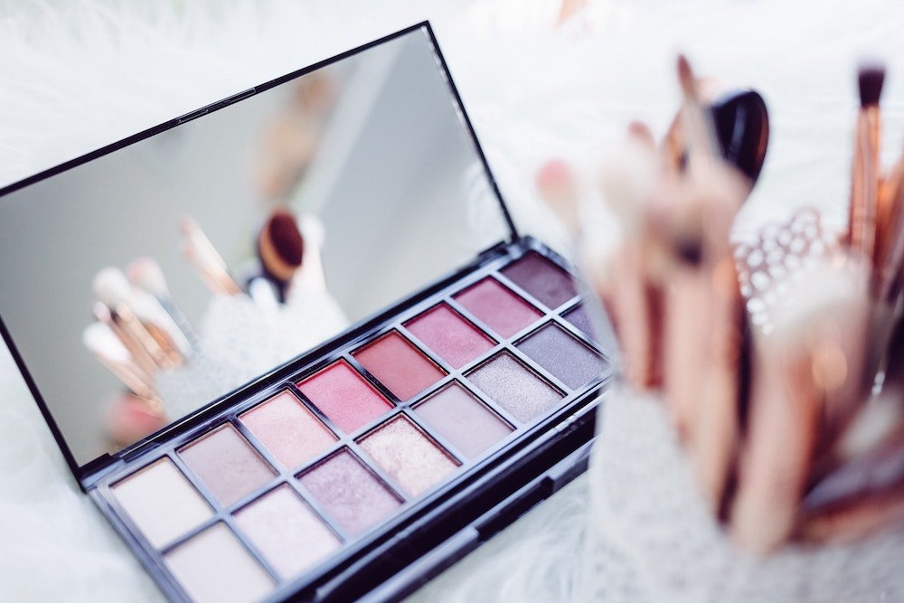 Eyeshadows and makeup brushes